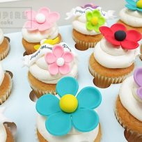 Mother's Day Flowers Cupcakes