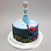 Elsa Meets Spiderman!