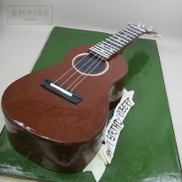 Guitar/Ukulele-Shaped Cake