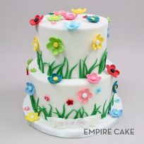 Flowers and Grass on White Fondant